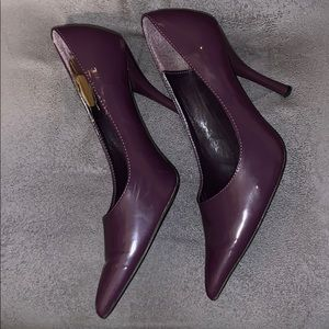 Shoes - Purple Pointy Heels Size 9